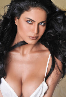 Veena Malik Hot Photoshoot