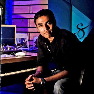 MOVIES, rajesh murugesan, Rajesh Murugesan-Pistah-music director, shruti haasan tweeted about Rajesh murugesan, TAMIL, tamil movie pistah music rockes, TAMIL MOVIES