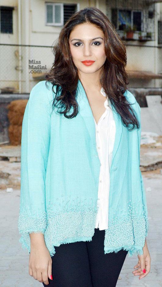 It's Black & White For Huma Qureshi! | MissMalini