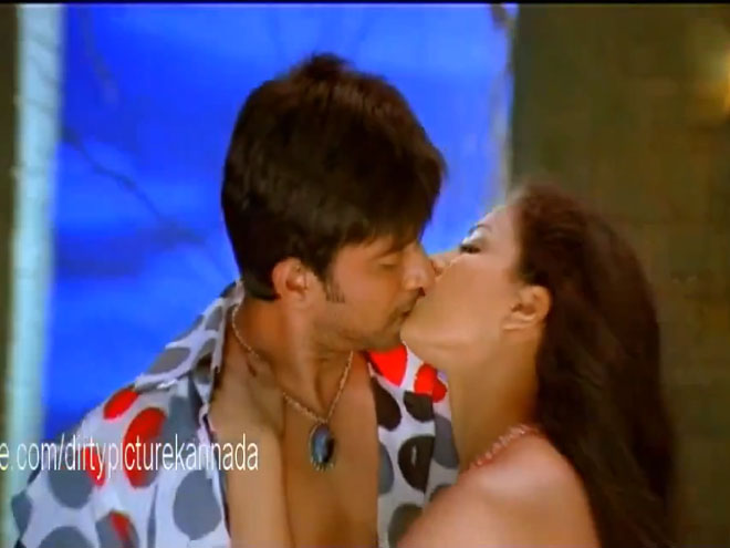 Veena Malik's tremendous kiss in Dirty Picture | Bollygupshup….