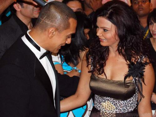 Bollywood\'s Most Embarrassing Moments - Oneindia Gallery