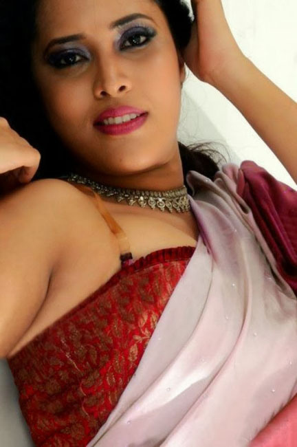 anchor Anasuya hot and spicy stills