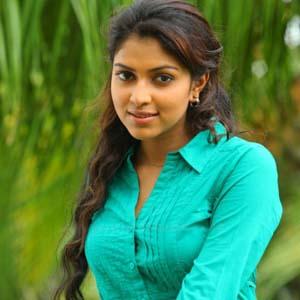 Amala Paul joins Samuthirakani yet again