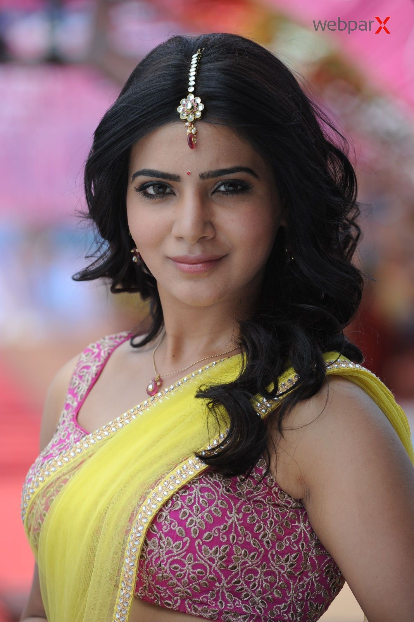Samantha Latest Saree Photos 2014