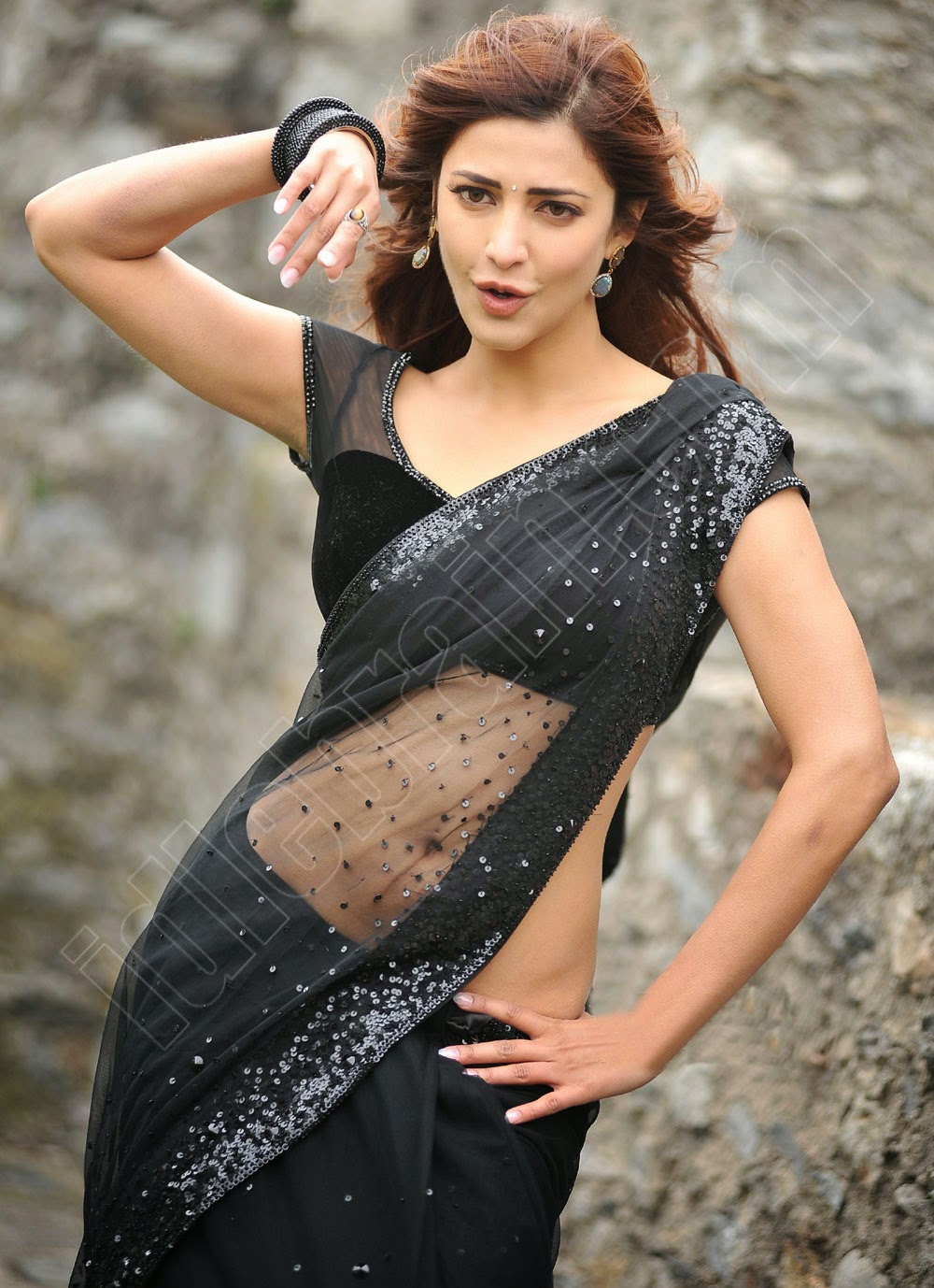 Shruthi hassan hot and sexy