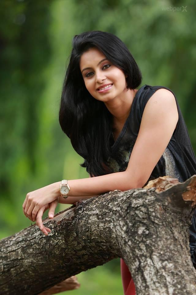 Abhinaya Actress Photo Shoot