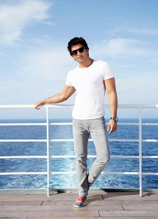 Dil Dhadakne Do Movie First Look Posters