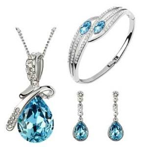 Ladies Fashion Accessories & Online Jewellery