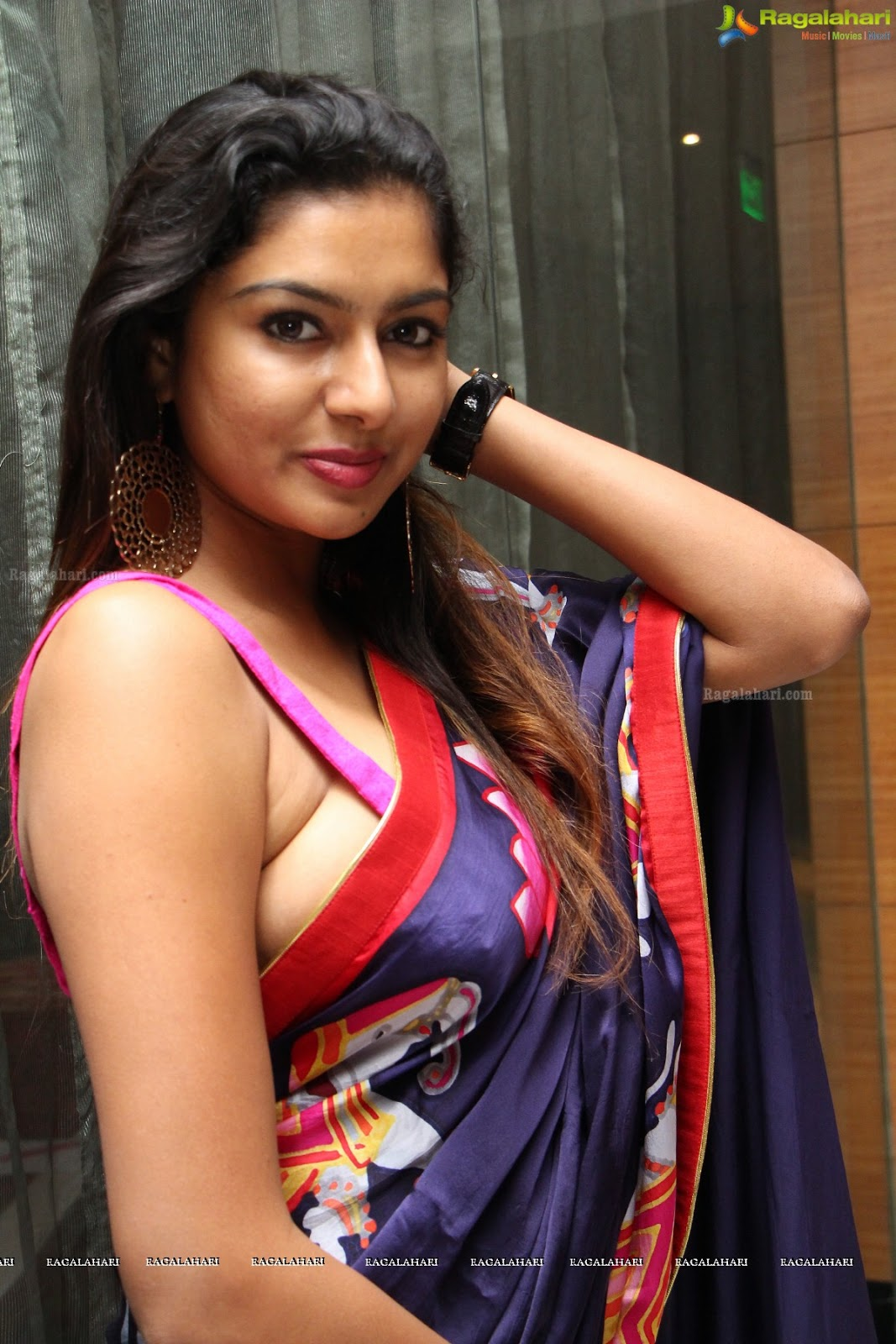 image Boobs Sexy saree