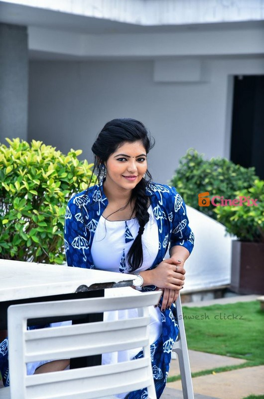 Athulya Ravi HD Images | Actress | Photos | Profile | Wiki | Age | Films