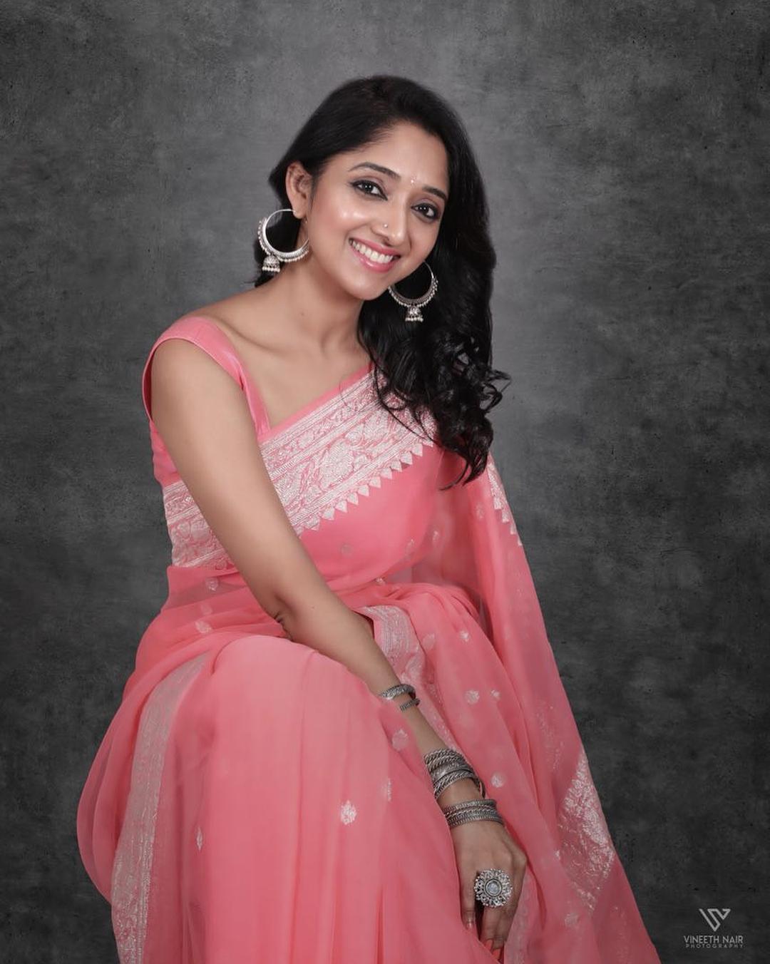 Beautiful Indian girls Photos in saree | All Indian Models