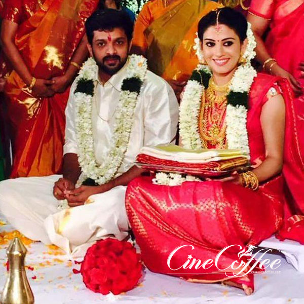 Wedding bells for actress shivada nair, shivada nair weds murali krishnan