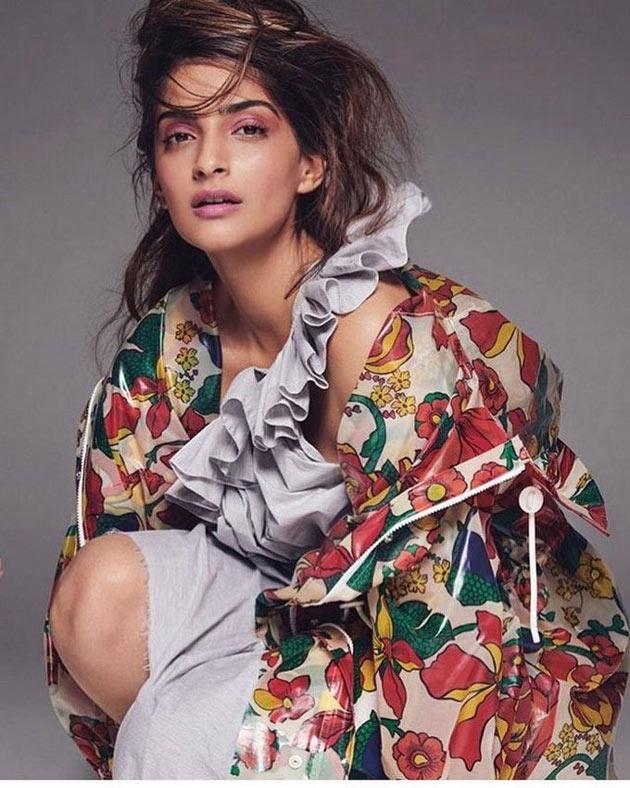 Actress Sonam Kapoor Latest HD Photos - south celebrities