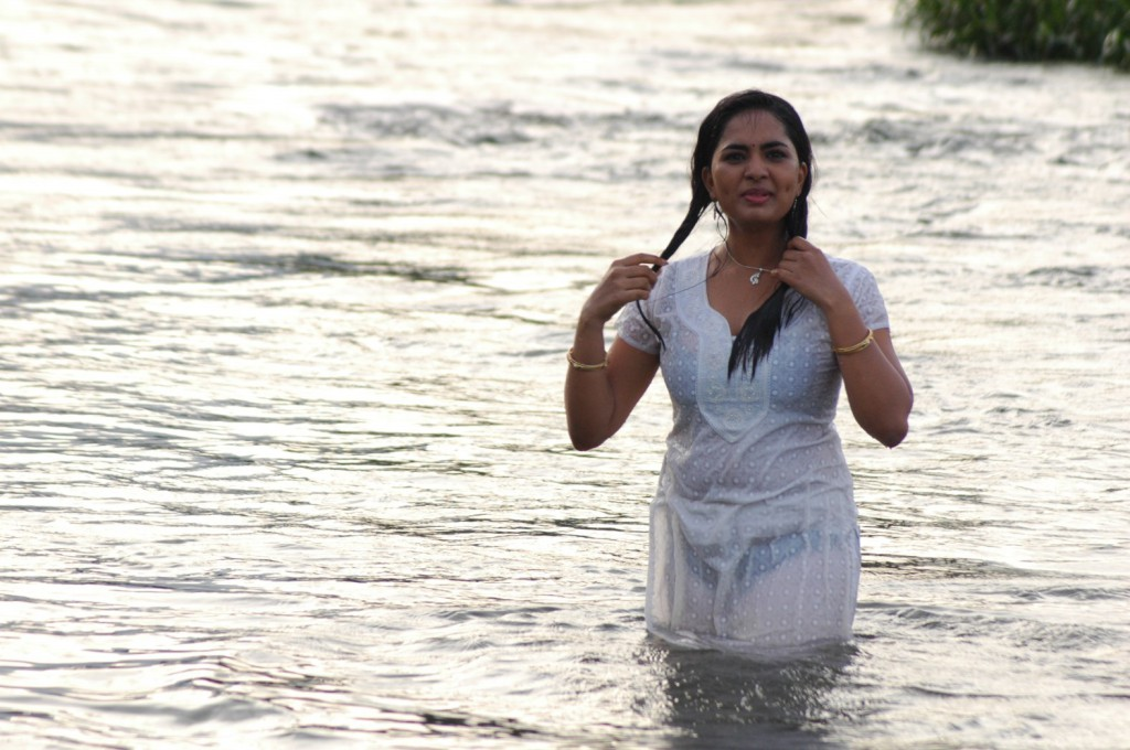 srushti dange river white dress photos
