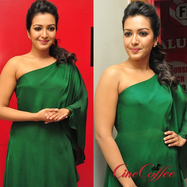 Actress Catherine Tresa photos gallery, Actress Catherine Tresa Stills, Actress Catherine Tresa Images